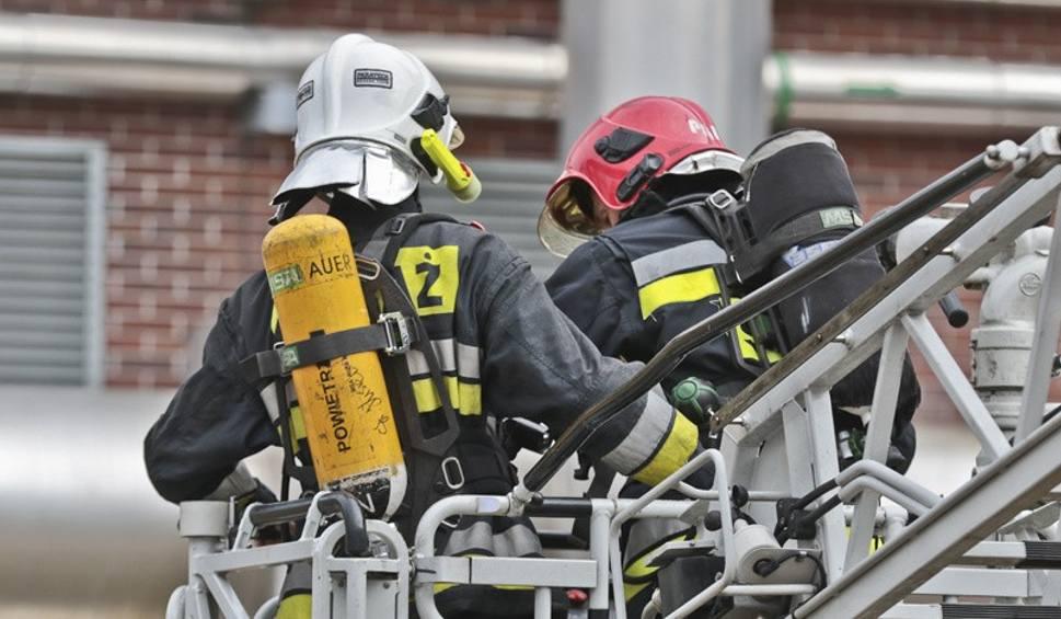 Film do artykułu: Tragedia w Bieczu. W pożarze zginął 67-letni mężczyzna