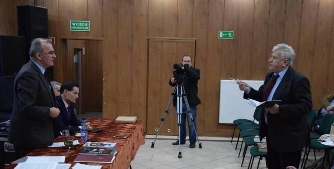 Władze Czarnego złożyły skargę do IPN w związku z niesławnym wystąpieniem Piotra Szubarczyka