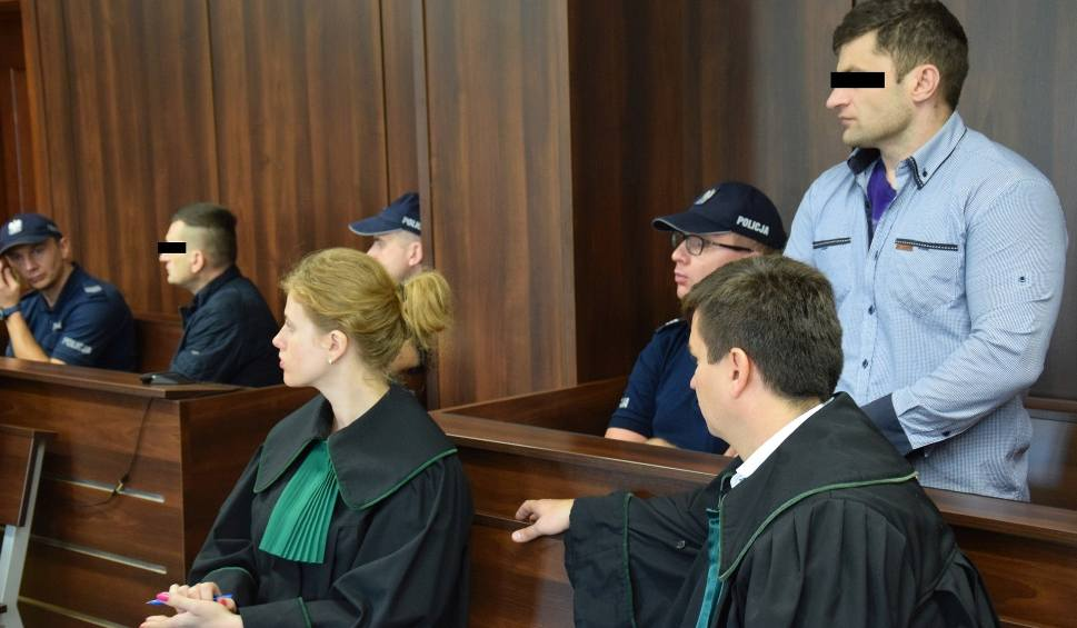 Film do artykułu: Afera dębowa. Oskarżony Daniel R. ponownie uniewinniony przez sąd