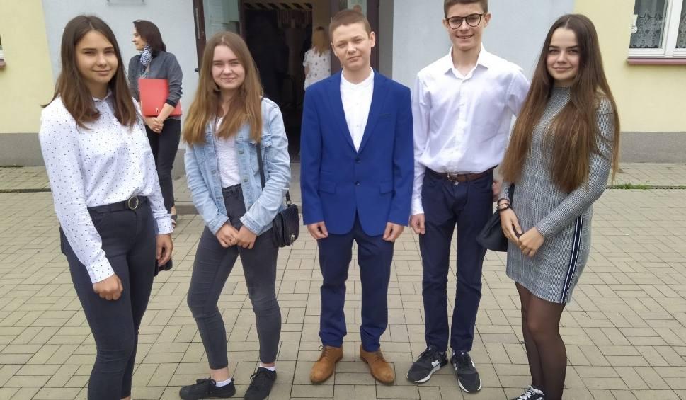 Film do artykułu: Egzamin ósmoklasisty 2020 w regionie radomskim. Uczniowie pisali egzamin ósmoklasisty z języka obcego nowożytnego