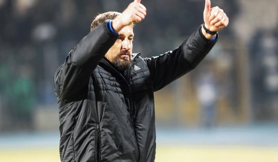 Film do artykułu: Piłkarze Arki Gdynia wybiegali mecz. Zbigniew Smółka: To spotkanie dobrze się oglądało