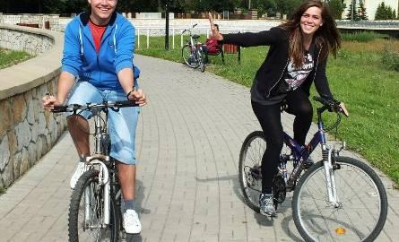 Promenada wokół zalewu od kilku lat służy pieszym i rowerzystom