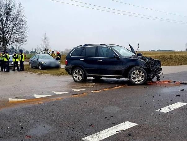 w ciągu ostatnich trzech dni na trasie Białystok - Augustów doszło do dwóch groźnych wypadków. To zdjęcia z miejscowości Kamień