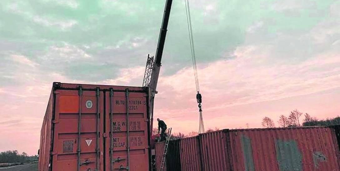 Na lotnisko w Podczelu zaczęły zjeżdżać pierwsze kontenery. Ruszyły przygotowania do imprezy