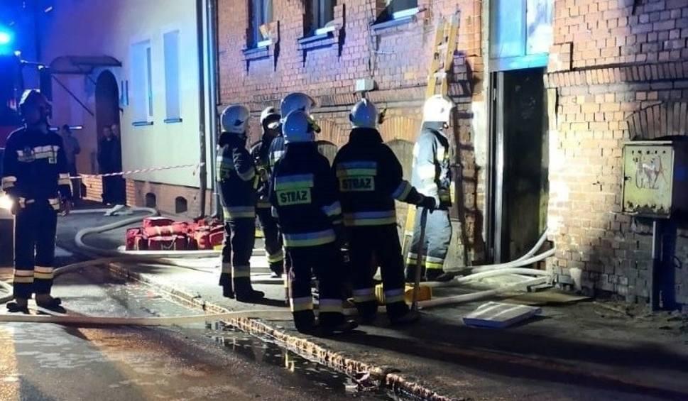 Film do artykułu: Pożar domu w Lęborku. Podejrzany o dwa zabójstwa trafi na obserwację psychiatryczną