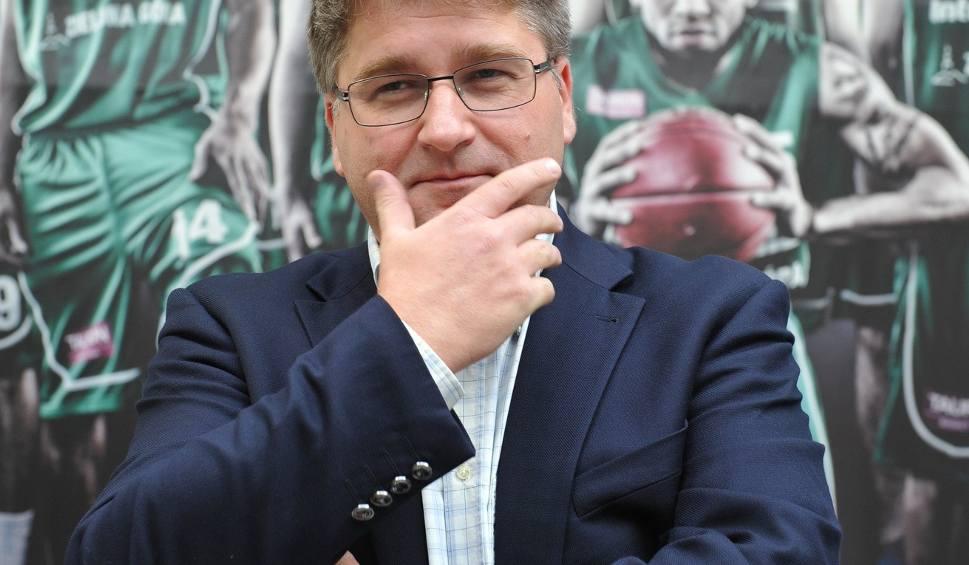 Film do artykułu: Pytania do właściciela Stelmetu Enei BC Janusza Jasińskiego. Już w środę w południe relacja live z dyskusji o miejscu w jakim jest Stelmet