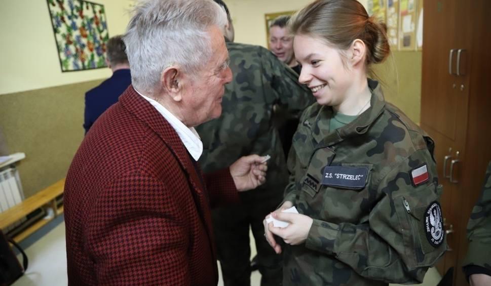 Film do artykułu: Spotkanie wigilijne z żołnierzami Armii Krajowej w Baryczy [ZDJĘCIA]