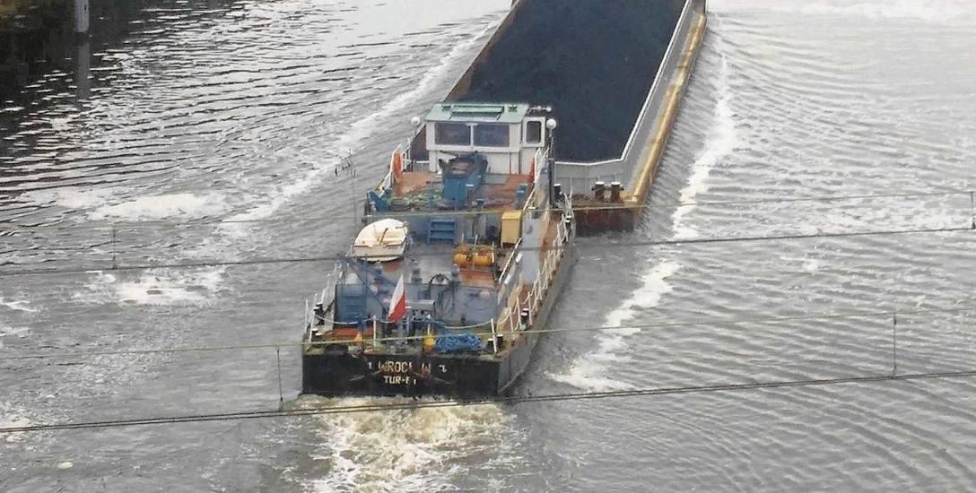 Chyba nieprędko znów ujrzymy barki na kanale i Odrze...