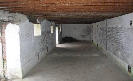 Wnętrze koszar szyjowych.