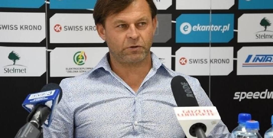 Prezes Ekantor.pl Falubazu Zielona Góra Zdzisław Tymczyszyn rozmawiał z dziennikarzami po piątkowym podsumowaniu sezonu