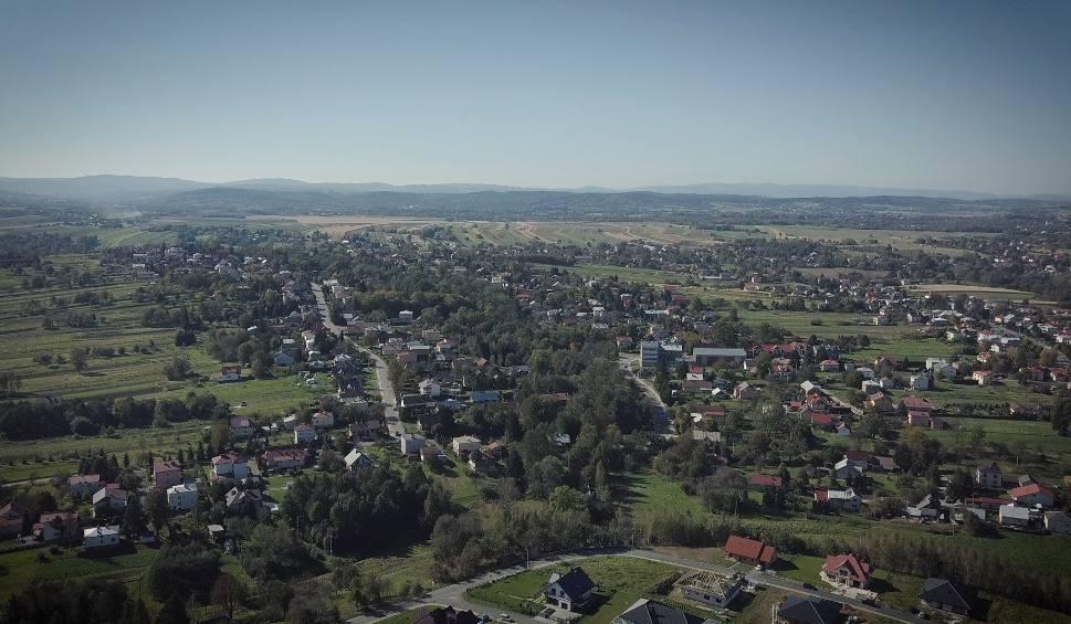 Film do artykułu: Suchodół to największa dzielnica Krosna. Została przyłączona do miasta 60 lat temu. Podniebne Krosno odc.9 - Suchodół