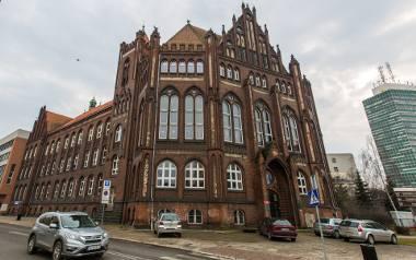 I Liceum Ogólnokształcące (I LO) w Gdańsku to szkoła z bogatą historią