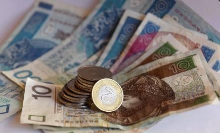 Średnia płaca w lutym to 4 949,42 złote i wciąż rośnie w tempie 7 proc. rocznie