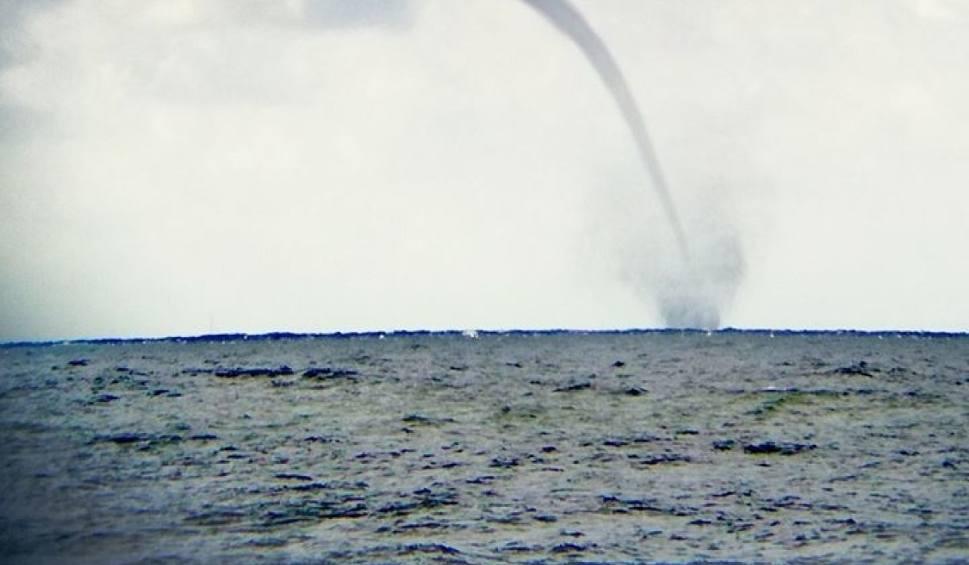 Film do artykułu: Trąba wodna nad Bałtykiem [ZDJĘCIA]