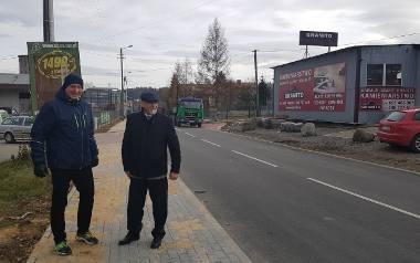 O zakończeniu remontu na Stolarskiej burmistrz Szlagor (z prawej) informował w grudniu ubiegłego roku