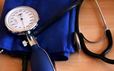Lepiej częściej się ważyć, niż mierzyć ciśnienie