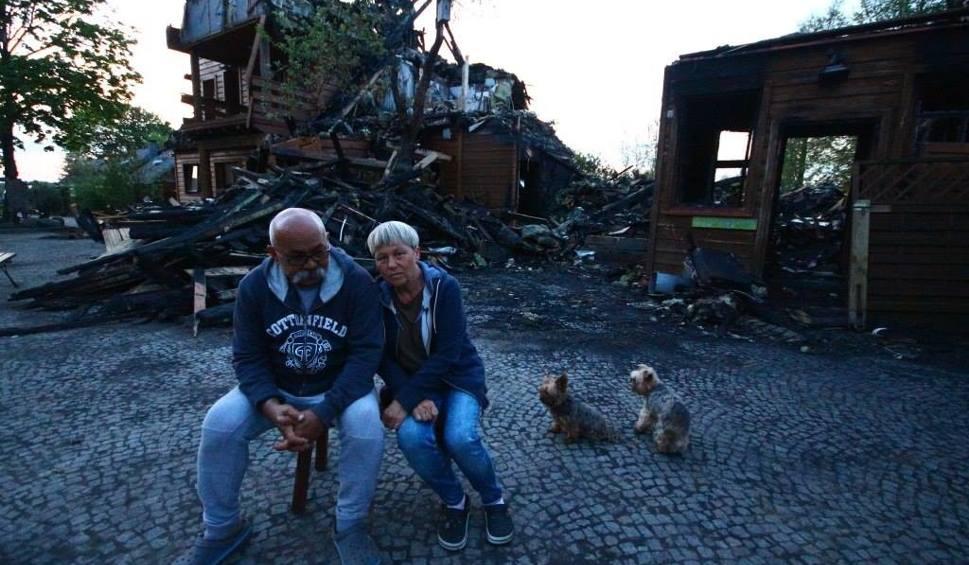 """Film do artykułu: Z Tatarskiej Jurty nie zostało nic. Ogień strawił wszystko. """"Nie mogłam na to patrzeć"""" (zdjęcia)"""