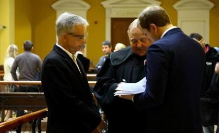 Sąd odwoławczy nie miał wątpliwości. Antoni W. skazany za molestowanie lekarek