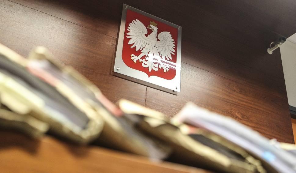 Film do artykułu: Ludzie płacili za domki widmo. Tomasz M. z Jasła i jego wspólnik skazani przez sąd w Krośnie