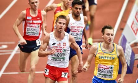 Marcin Lewandowski to złoty medalista halowych mistrzostw Europy na 1500 metrów z marca br. z Belgradu