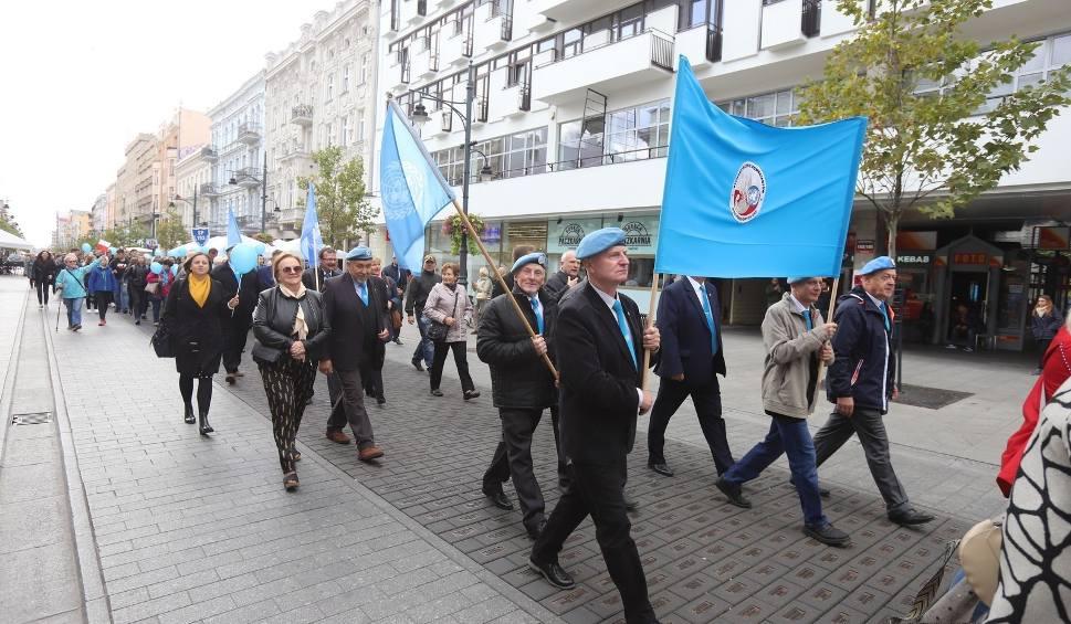 Film do artykułu: Ulicami Łodzi przeszedł Marsz Pokoju. Tak uczczono Międzynarodowy Dzień Pokoju
