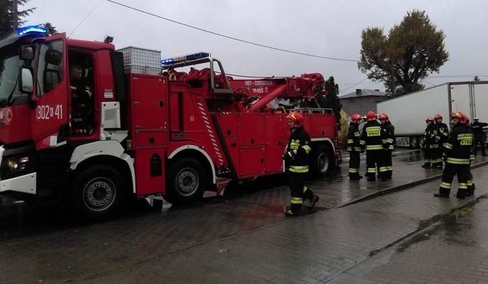 Film do artykułu: Igołomia. Zderzenie dwóch ciężarówek i osobówki