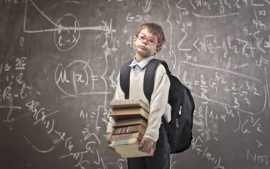 Minister edukacji narodowej apeluje: rodzice mają kontrolować tornistry dzieci