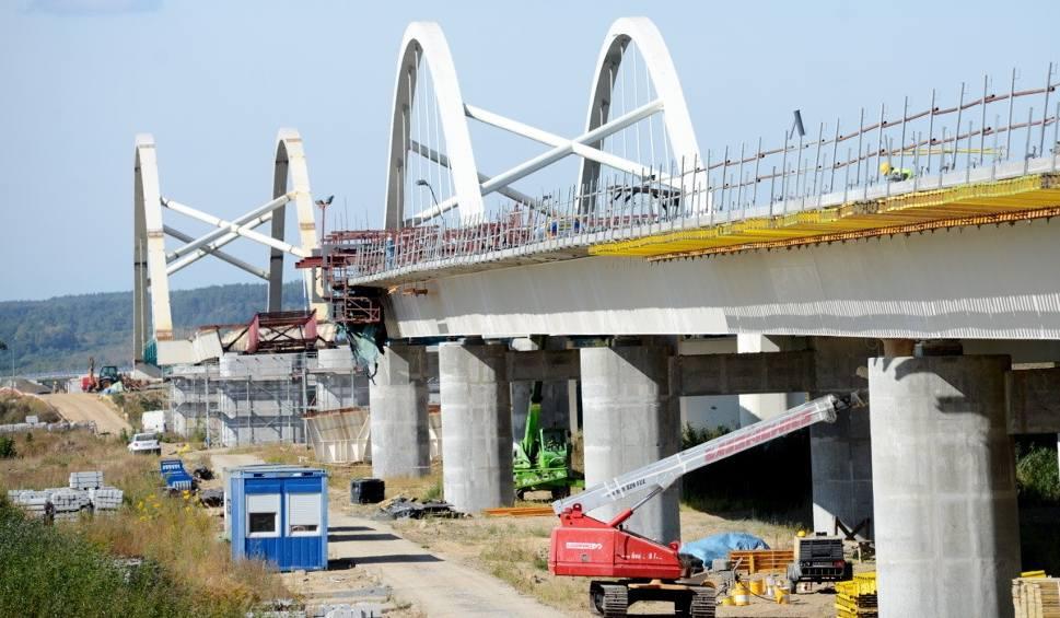 Film do artykułu: Budowa obwodnicy Gorzowa na S3 idzie pełną parą. Kiedy nią pojedziemy? [ZDJĘCIA, WIDEO]