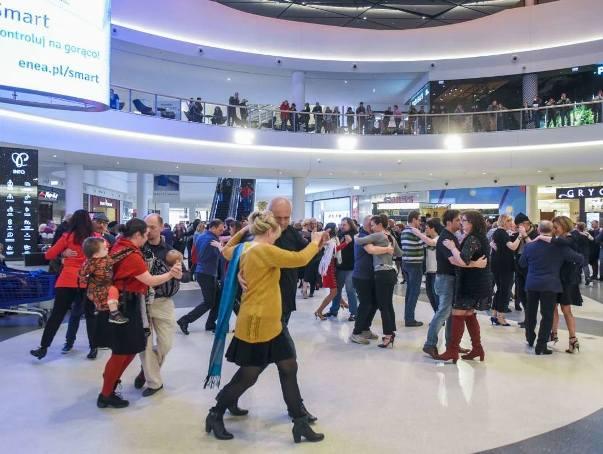 11 grudnia to Międzynarodowy Dzień Tanga – święto miłośników muzyki, tańca, śpiewu i kultury z Buenos Aires. Z tej okazji w hallu galerii handlowej Posnania