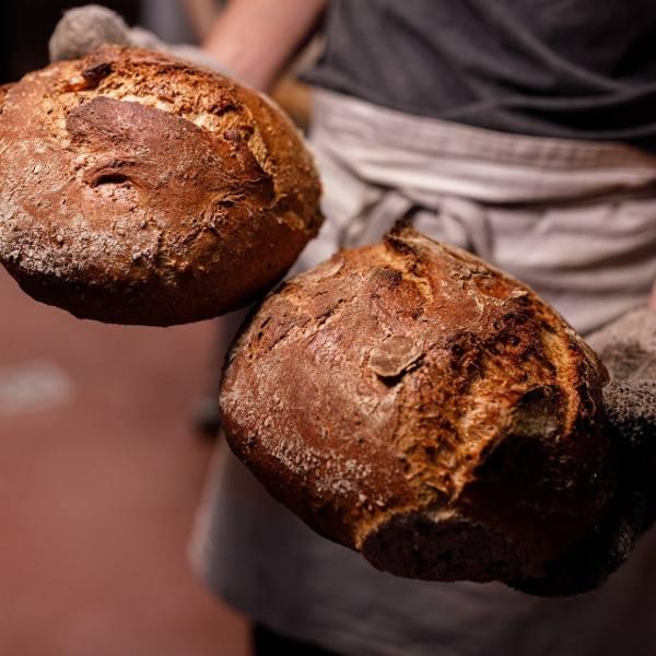 Sprzedaż pieczywa w dobie pandemii. Koronawirus na chlebie? Główny Inspektor Sanitarny wydał komunikat