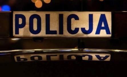 Za swoje przewinienia radny miał być ukarany. - Podobno policja chciała nałożyć 200 złotych mandatu, ale pochwalił się, że jest radnym, więc dorzucili