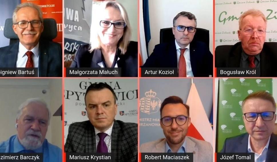 Film do artykułu: Małopolska wychodzi z pandemii. Jak przywrócić normalność i odeprzeć ewentualną czwartą falę? Mówią nam liderzy małopolskich gmin i powiatów