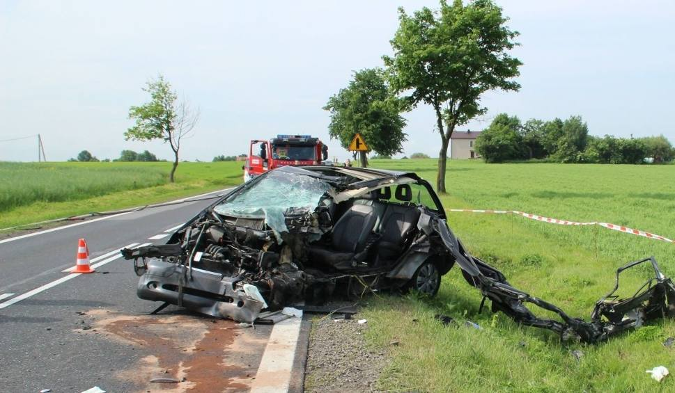 Film do artykułu: Zakrzów: Śmiertelny wypadek na drodze krajowej w powiecie sandomierskim