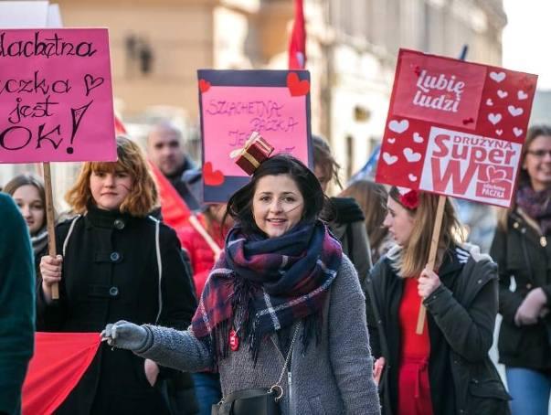 Marsz Szlachetnej Paczki i Akademii Przyszłości przeszedł ulicami Krakowa [ZDJĘCIA]