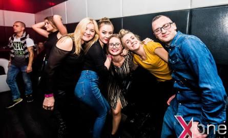 Fotorelacja z pierwszej imprezy w nowym klubie w Słupsku. Zobacz zdjęcia z XoneClub!