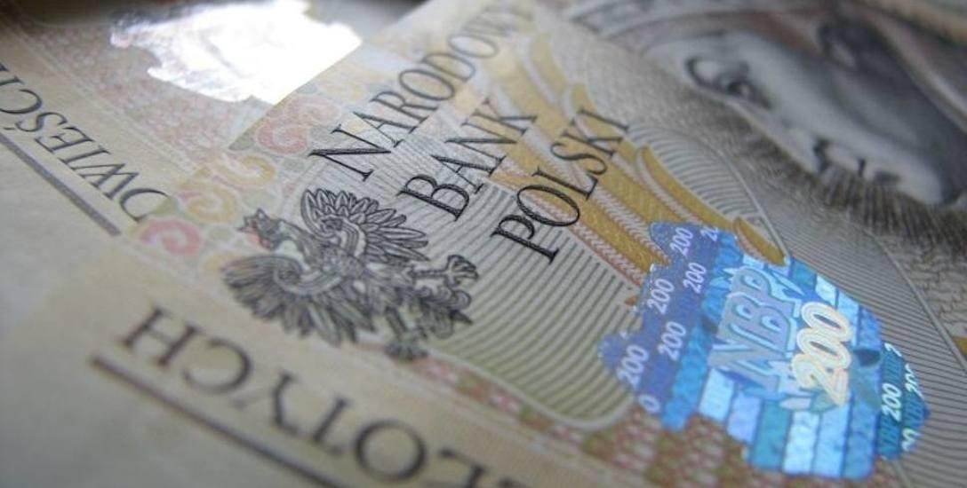 Opolscy urzędnicy chcą podwyżek pensji. Często zarabiają mniej, niż panie za kasą