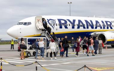 Linia Ryanair oferuje pięć kierunków do których dotrzeć można z bydgoskiego lotniska.