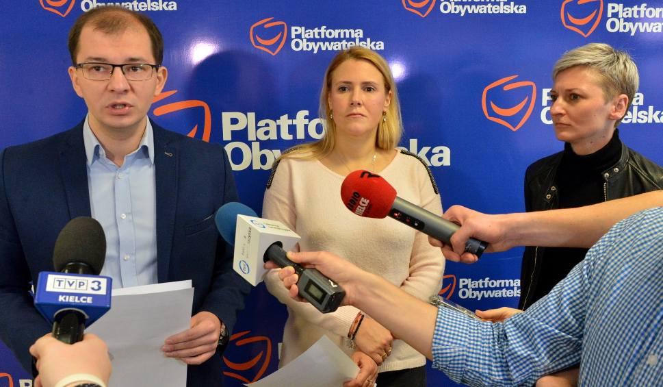 Film do artykułu: Radni Platformy apelują do posłów Prawa i Sprawiedliwości w sprawie reformy oświaty (WIDEO)