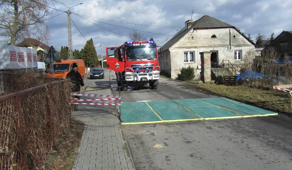 Film do artykułu: Ptasia grypa w gminie Promna. Będą kontrole w innych gospodarstwach
