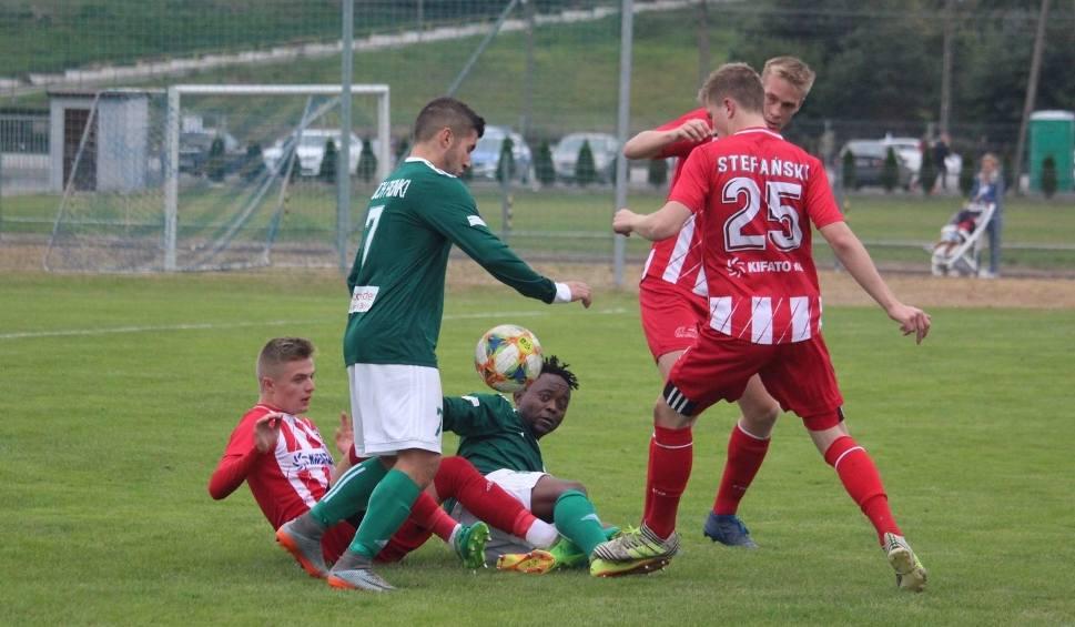 Film do artykułu: (WIDEO, ZDJĘCIA) Derby w 4 lidze. KS Warka pokonała Proch Pionki