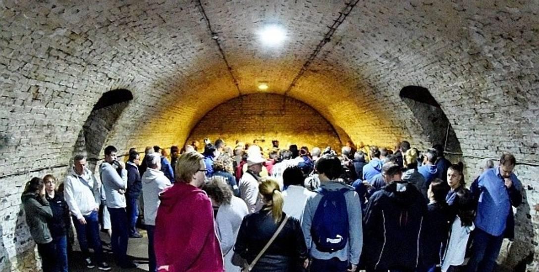 Piwnica winiarska przy ul. Wodnej jest wyjątkowa, bo wbudowana w zbocze wzniesienia