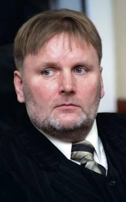 Waldemar Bonkowski (Prawo i Sprawiedliwość) zostanie senatorem z okręgu  wyborczego nr 63, który obejmuje powiaty bytowski, chojnicki, człuchowski, kartuski