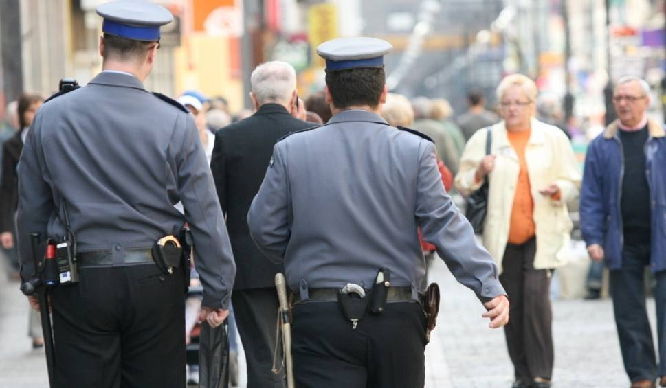 Film do artykułu: Dzielnicowy Roku 2017. Policja patrzy na ręce...