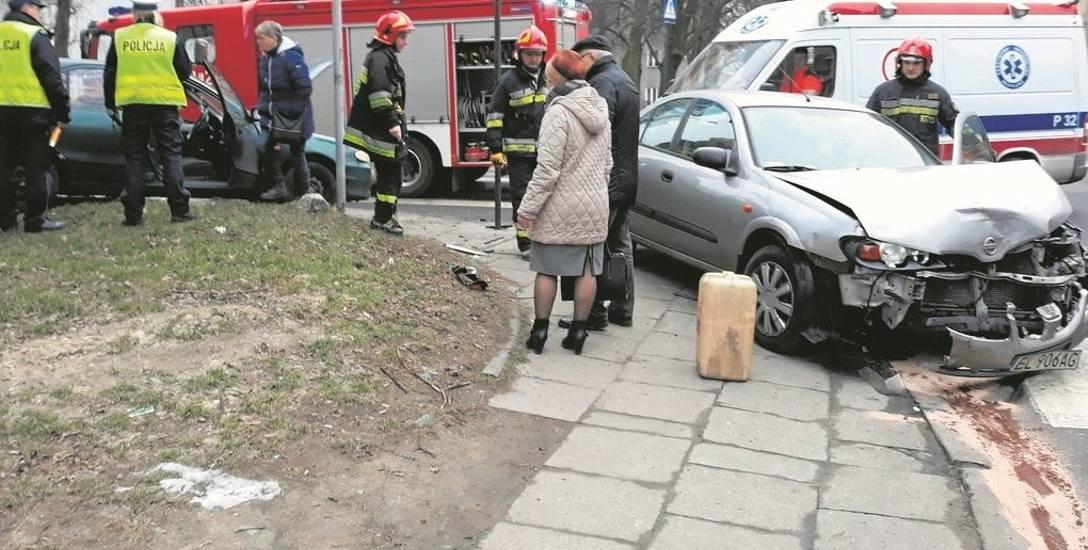 Wypadek w Łodzi. Nie ustąpił  pierwszeństwa przejazdu i doprowadził do wypadku