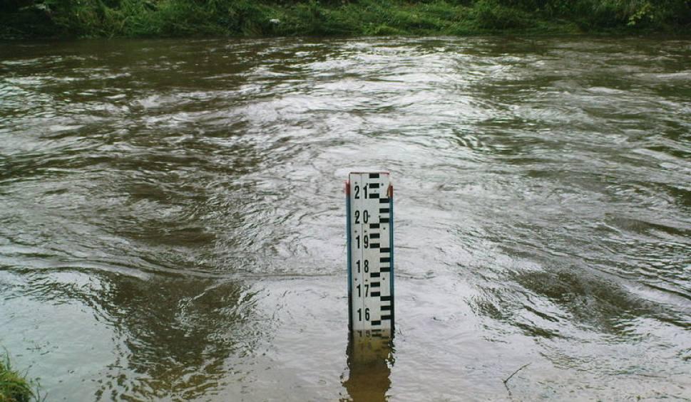Film do artykułu: Pogoda w Łodzi i regionie. Uwaga na wzrost poziomu wód rzek