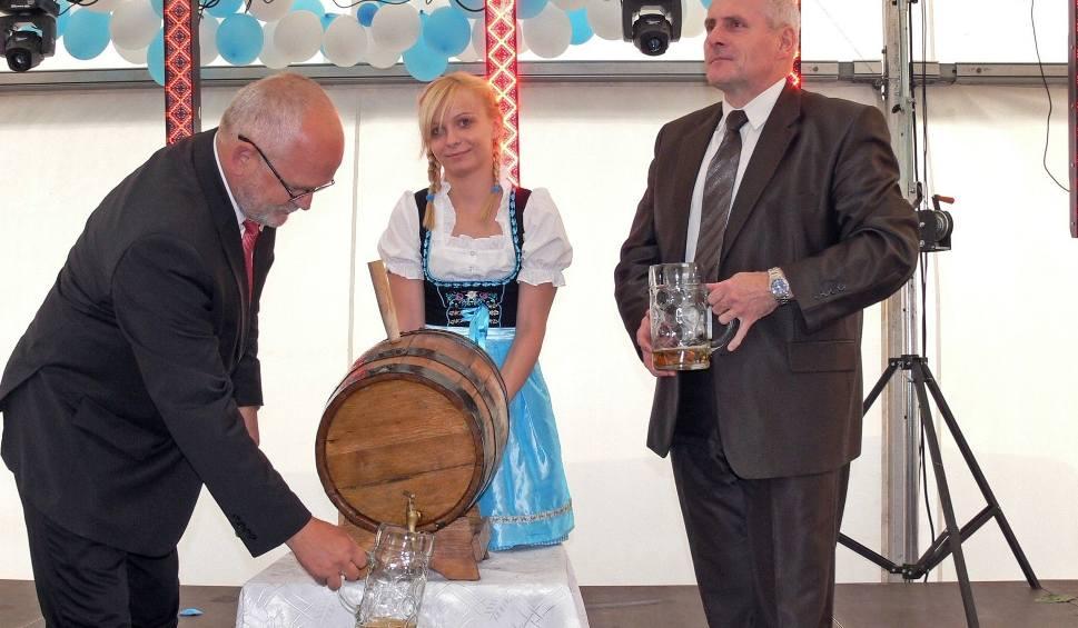 Film do artykułu: Dziś Oktoberfest w Pawłowicach. Gwiazdą zespół Bayer Full
