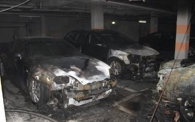 Kraków. Spłonęły trzy samochody [ZDJĘCIA]
