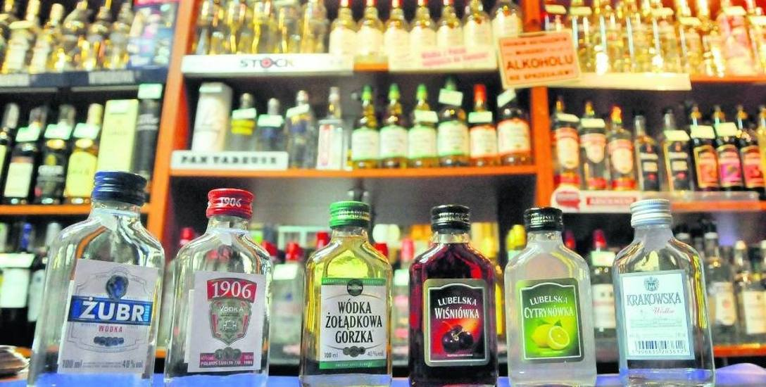 Jadwiga Fudała: Jedynym rozsądnym rozwiązaniem jest zakaz sprzedaży alkoholu o małej pojemności