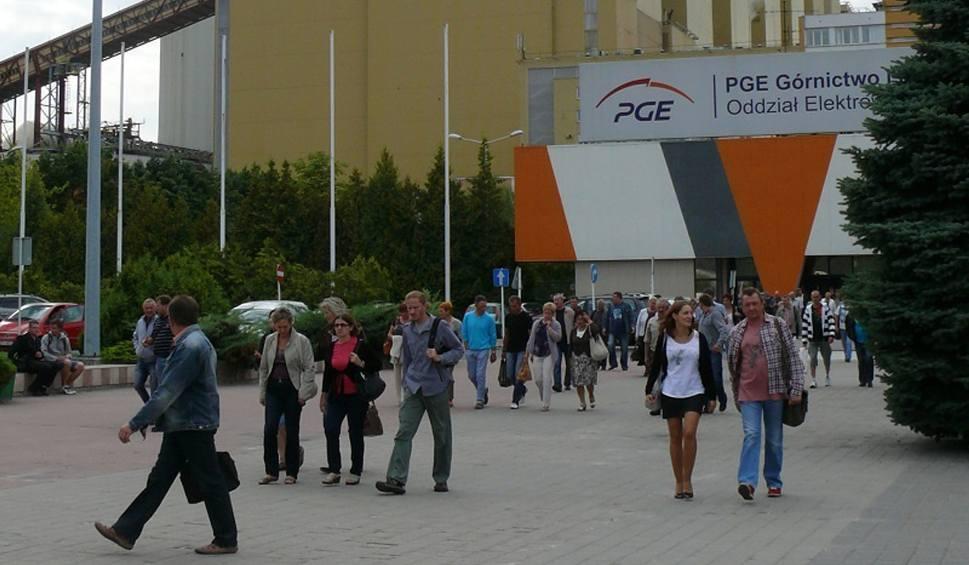 Film do artykułu: Dobrowolne odejścia w Bełchatowie. Wzięli nawet 100 tys. zł i odeszli z pracy w kopalni i elektrowni