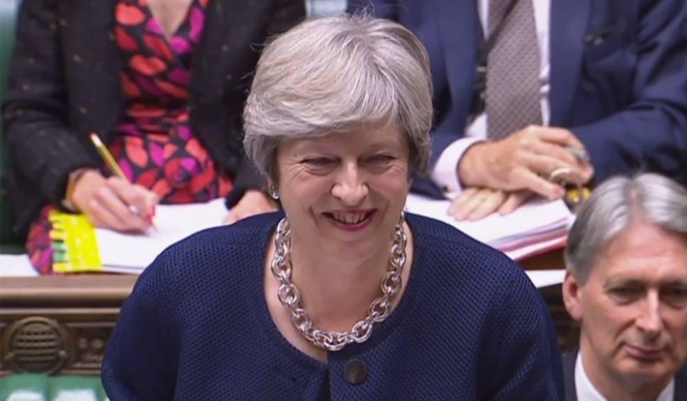Film do artykułu: Theresa May do obywateli UE: Będziecie mogli zostać na Wyspach. Ludzie są najważniejsi